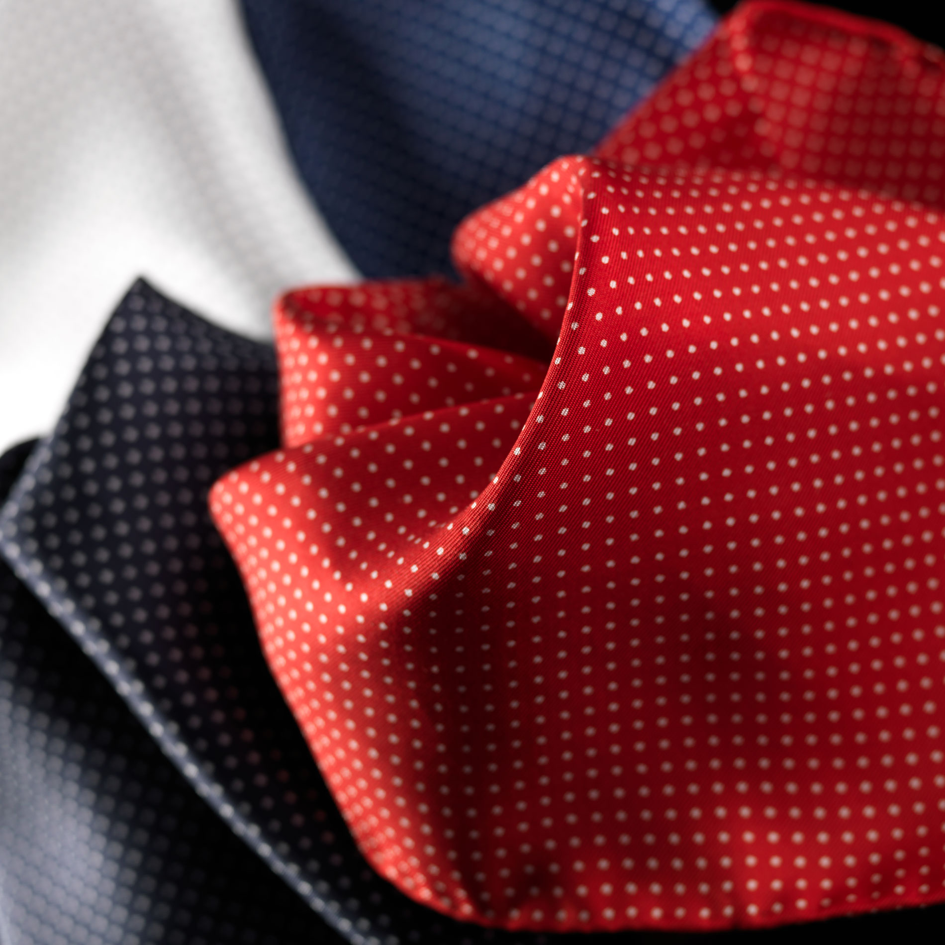 cravattificio-alba-taglio-manuale